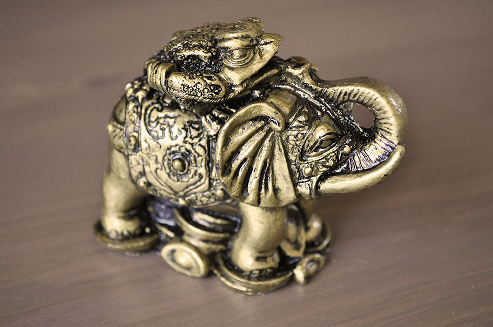 Everything feng shui elephant toad - Feng shui elephant placement ...