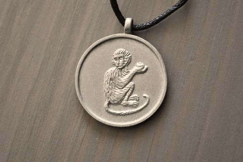 horoscope-animal-pendant-monkey
