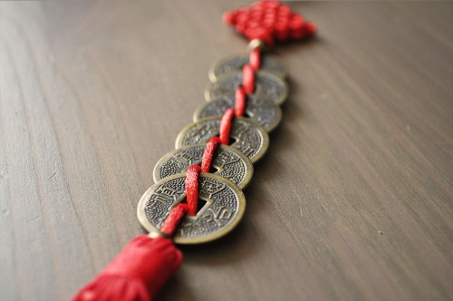 six-coins-single-tassle-4